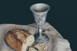 Should Only Baptized Christians Take Communion?