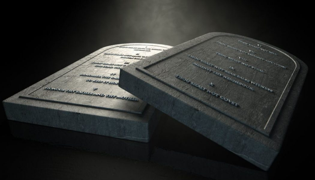 What Are the 10 Commandments? Their Meaning and Significance