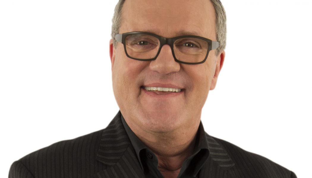 Celebrating the Power of Jesus' Love: Mark Lowry and CBD President Ray Hendrickson