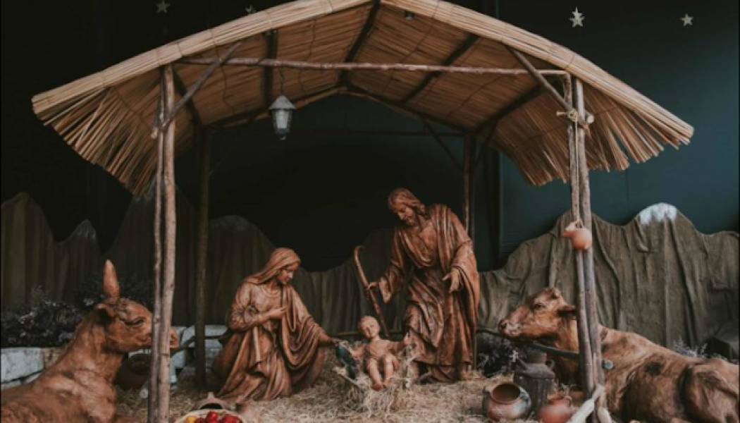 Eight common Christmas Traditions