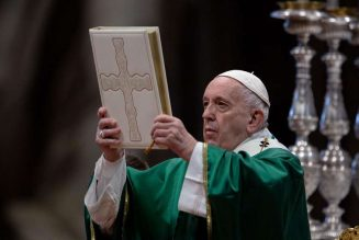 """Keep a Bible close to you,"" says Pope, as Church celebrates first ""Sunday of the Word of God""…"