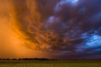 The dangerous and beautiful storms of the Midwest…