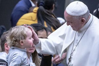 """Pope Francis on Feast of the Presentation: """"The world needs Christians who proclaim Jesus""""…"""