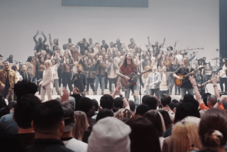 Elevation Worship – Graves Into Gardens