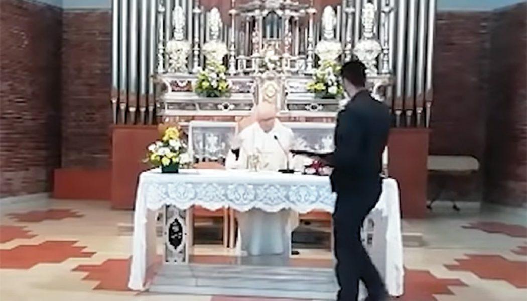 Caught on video: Italian police disrupt Divine Mercy Sunday Mass…