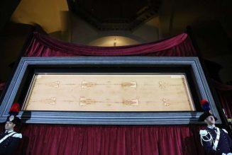 Shroud of Turin to be displayed via livestream on Holy Saturday amid coronavirus pandemic…