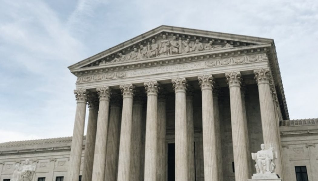 Chief Justice John Roberts sides with Democrat-appointed justices as Supreme Court backs California coronavirus limits on churches…