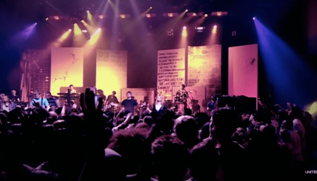 Hillsong United – Shout Unto God