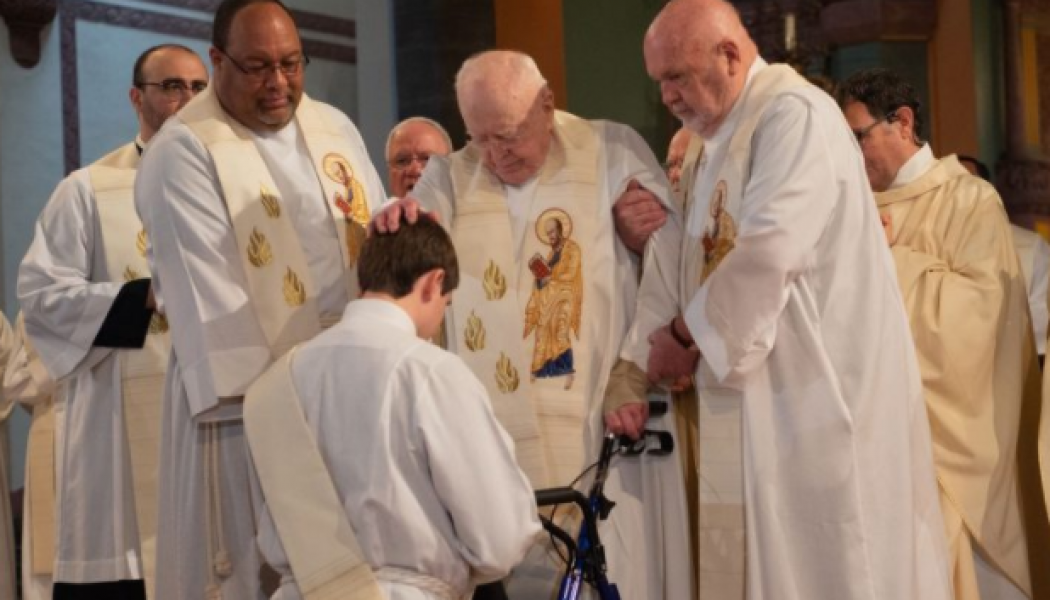 The world's oldest Paulist, 99-year-old Father James Lloyd, pulls no punches in his life, ministry and preaching…..