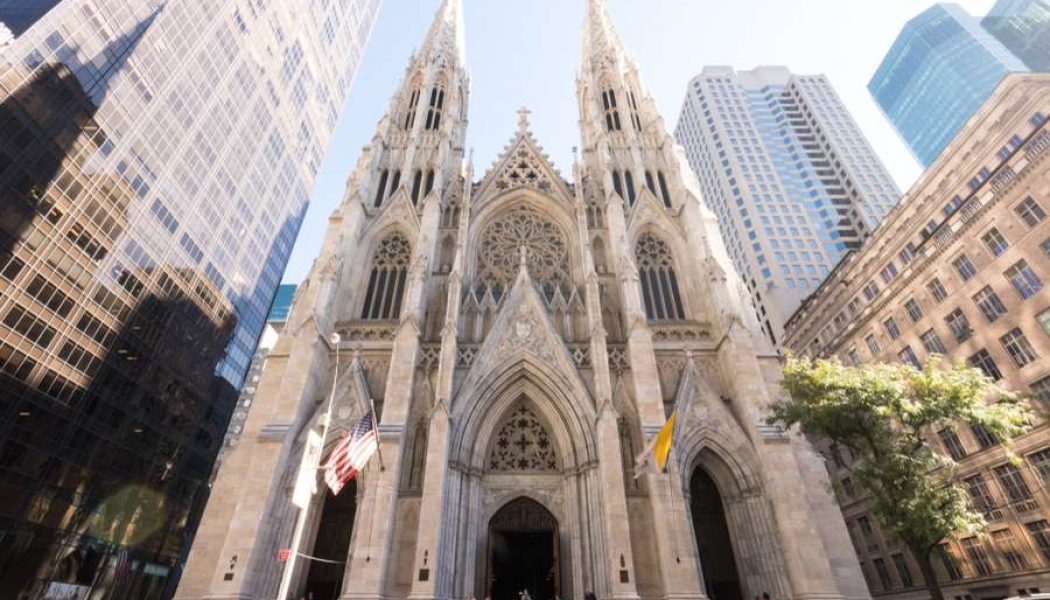Federal judge rules New York must give churches same consideration as protests, shopping malls during pandemic …
