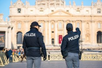 Vatican police arrest London property broker for extortion and money laundering…