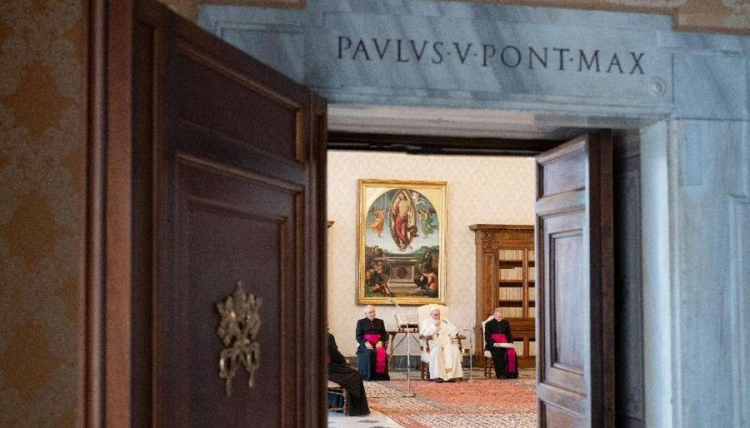 After six months of livestreaming, Pope Francis to resume general audiences with the public…