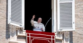 """Pope's Sunday Angelus: """"Everything is grace. Our salvation is grace. Our holiness is grace…""""…"""
