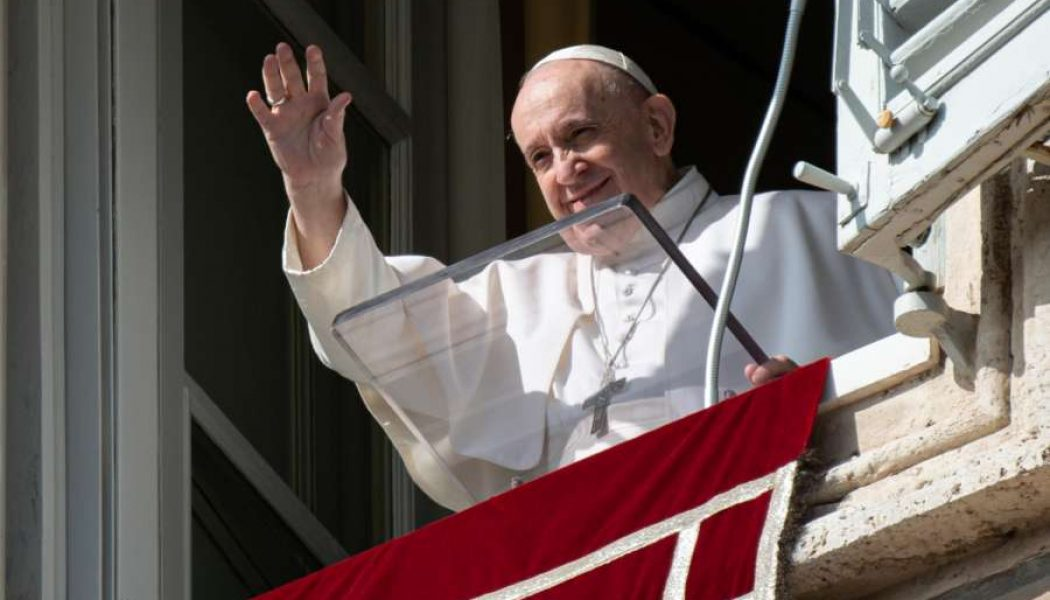 Pope's Sunday Angelus: 'Prepare to meet the Lord with good deeds inspired by His love'…
