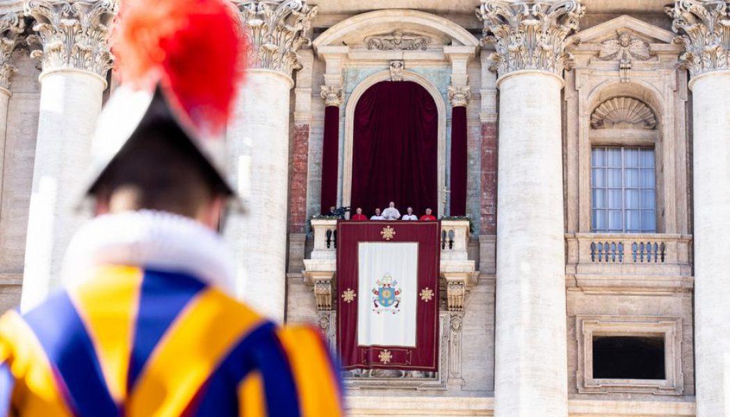 Vatican cancels public Advent and Christmas liturgies amid COVID surge…