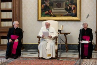 Pope's Wednesday audience: 'Even death trembles when a Christian prays'…