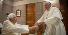Benedict XVI and Pope Francis receive their first doses of COVID-19 vaccine…