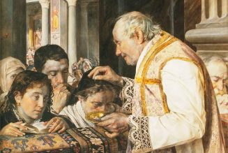 John Paul II, Benedict XVI and Francis all did sprinkled ashes on the crown of the head…
