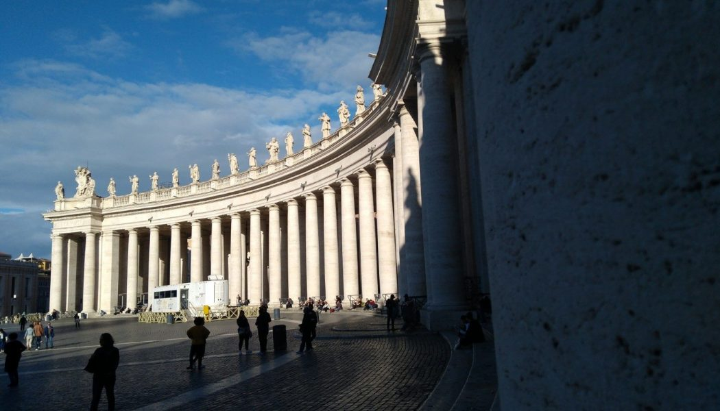 Pope authorizes eight decrees concerning candidates for sainthood…