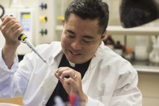 Filipino molecular biologist/moral theologian says American Catholics should rethink rhetoric on vaccines…