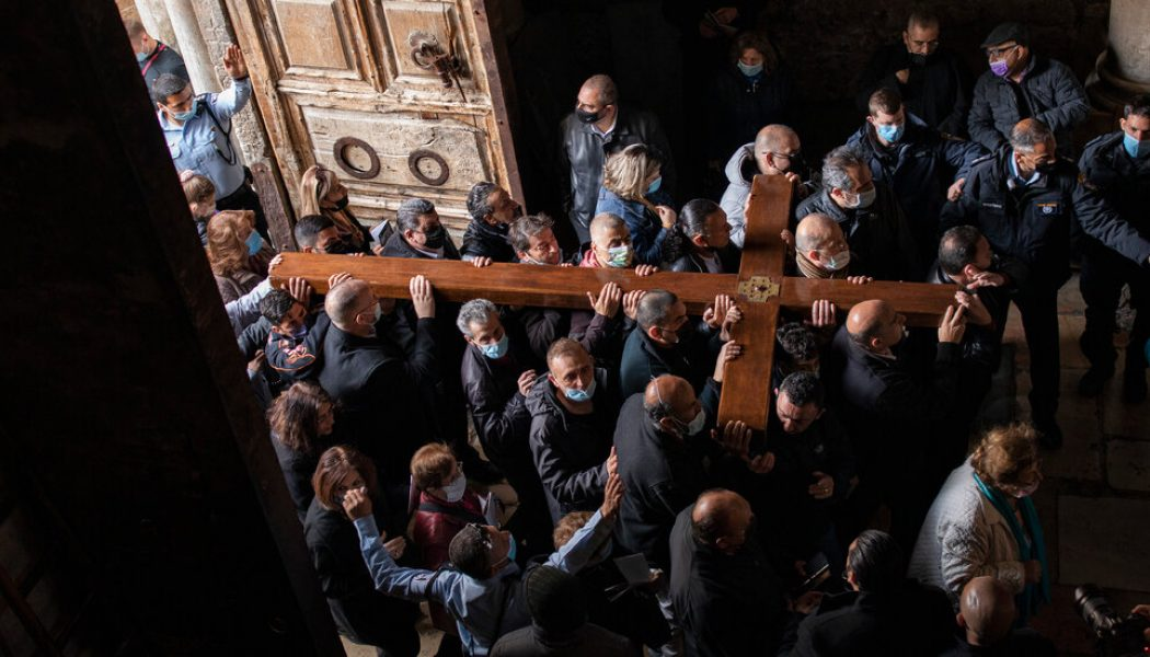 'It is like a miracle': Easter crowds gather again in Jerusalem…
