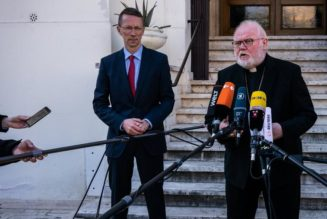 Pope Francis refuses to accept resignation of Cardinal Marx…
