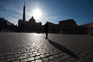 Report: Secretariat of State official paid by Swiss bank for Vatican accounts…