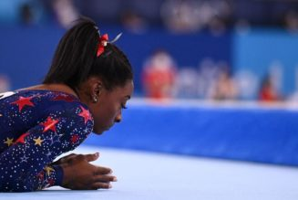 Life lessons from Simone Biles: Throw stones or give thanks?